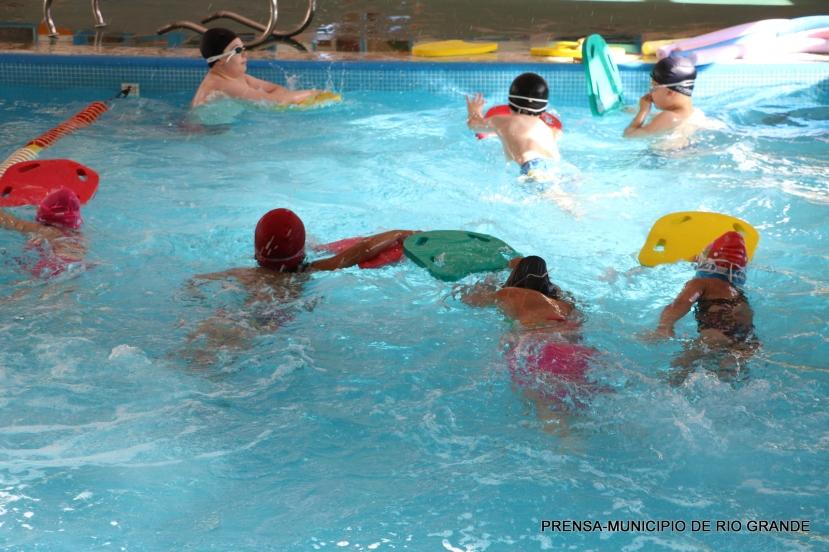rio-grande-actividades-verano-natatorio-2